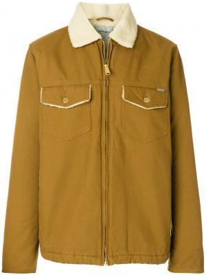 Джинсовая куртка с воротником из овчины Carhartt. Цвет: коричневый