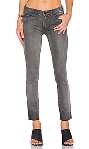 Укороченные джинсы BLANKNYC. Цвет: none