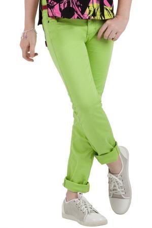 Брюки Gulliver. Цвет: зеленый