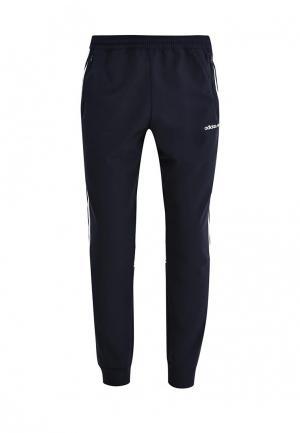 Брюки спортивные adidas Originals. Цвет: синий