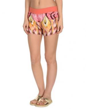 Пляжные брюки и шорты ROBERTO CAVALLI BEACHWEAR. Цвет: коралловый