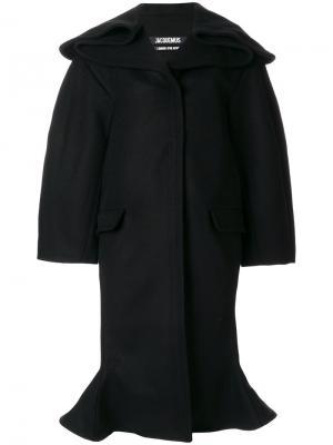 Структурированное пальто в стиле оверсайз Jacquemus. Цвет: чёрный