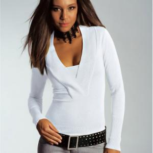 Пуловер Top Studio. Цвет: белый