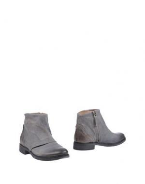 Полусапоги и высокие ботинки HANGAR. Цвет: серый