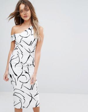 Lavish Alice Асимметричное платье миди и монохромным принтом. Цвет: мульти