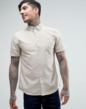 Farah Бежевая оксфордская рубашка слим с короткими рукавами Brewer. Цвет: бежевый