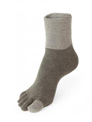 Носки GUNZE. Цвет: серый