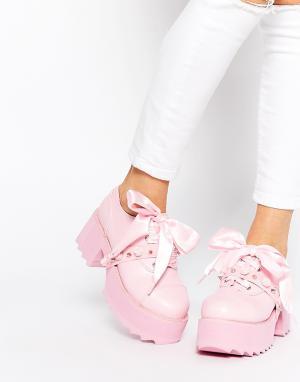 YRU Туфли на каблуке со шнуровкой Bomb. Цвет: розовый