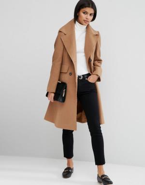ASOS Полушерстяное приталенное пальто с необработанными краями. Цвет: светло-бежевый