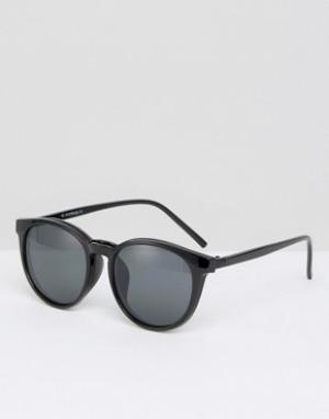 7X Солнцезащитные очки. Цвет: черный