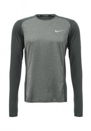 Лонгслив спортивный Nike. Цвет: зеленый