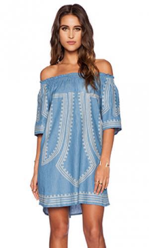 Платье francessca The Allflower Creative. Цвет: синий