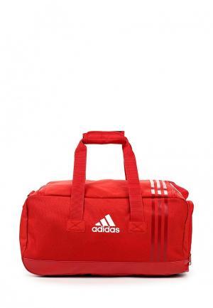 Сумка спортивная adidas Performance. Цвет: красный