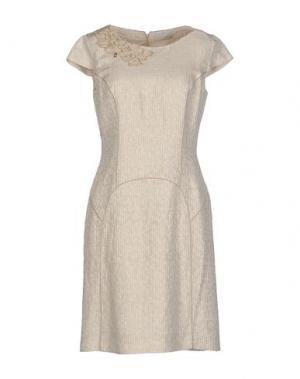 Короткое платье ROBERTA SCARPA. Цвет: бежевый