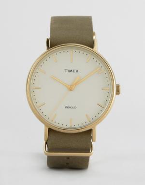 Timex Часы с зеленым кожаным ремешком 41 мм Weekender Fairfield. Цвет: зеленый