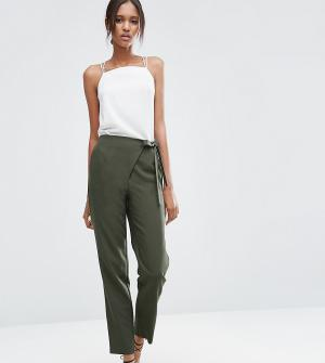 ASOS Tall Тканые брюки галифе с запахом и завязкой. Цвет: зеленый