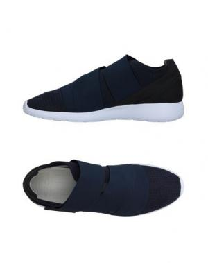 Низкие кеды и кроссовки FESSURA. Цвет: темно-синий