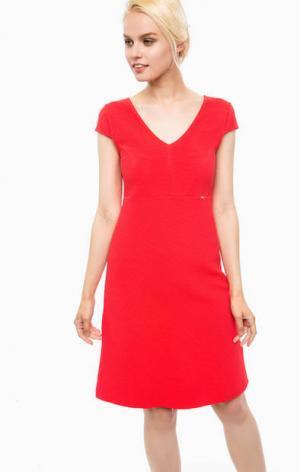 Красное платье с короткими рукавами Cinque. Цвет: красный