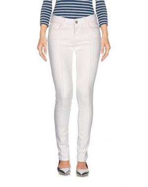 Джинсовые брюки BRIAN DALES. Цвет: белый