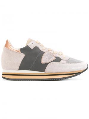 Кроссовки с контрастными вставками Philippe Model. Цвет: серый