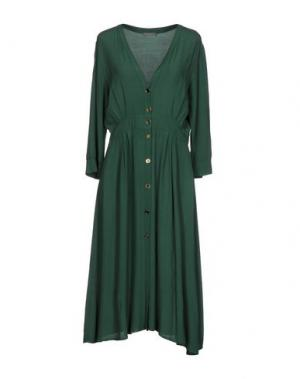 Платье до колена DIXIE. Цвет: зеленый
