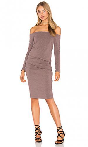 Платье с длинным рукавом и открытыми плечами MONROW. Цвет: сиреневый