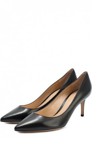 Кожаные туфли Classic на шпильке Gianvito Rossi. Цвет: черный