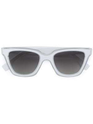 Солнцезащитные очки с квадратной оправой Fendi Eyewear. Цвет: белый