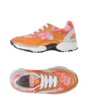Низкие кеды и кроссовки SO TWEE by MISS GRANT. Цвет: оранжевый