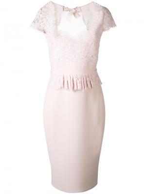 Кружевное платье с баской Rhea Costa. Цвет: розовый и фиолетовый