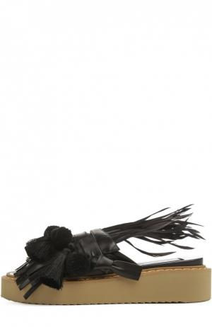 Кожаные шлепанцы с декором No. 21. Цвет: черный