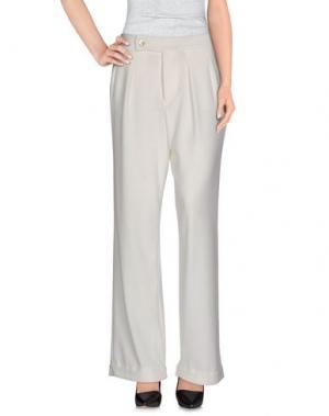 Повседневные брюки MAISON LAVINIATURRA. Цвет: белый