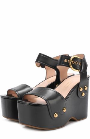 Кожаные босоножки на фигурной танкетке Marc Jacobs. Цвет: черный