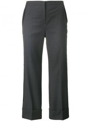 Укороченные строгие брюки клеш Nº21. Цвет: серый