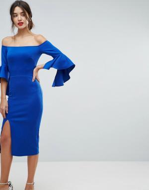 True Violet Платье-футляр с открытыми плечами. Цвет: синий