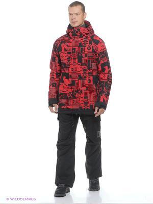 Куртка DC Shoes. Цвет: красный