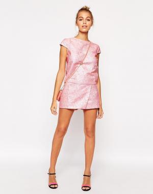Lashes of London Жаккардовая юбка-шорты. Цвет: розовый