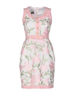 Короткое платье EDWARD ACHOUR. Цвет: розовый
