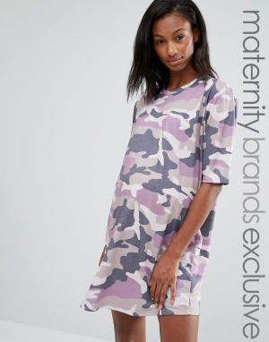 Missguided Maternity Платье-футболка для беременных с камуфляжным принтом Matern. Цвет: фиолетовый