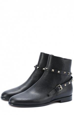 Кожаные ботинки Rockstud с ремешком Valentino. Цвет: черный