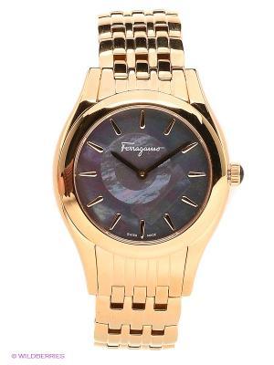 Часы Salvatore Ferragamo. Цвет: золотистый