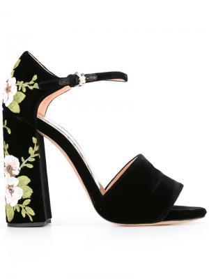 Босоножки с цветочной вышивкой Rochas. Цвет: чёрный