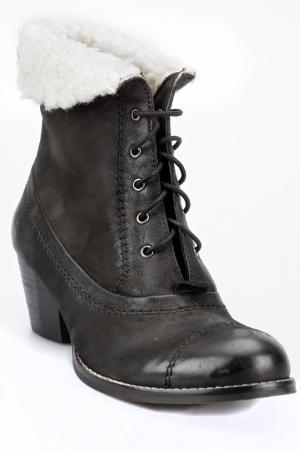 Ботинки PEPERONI. Цвет: черный