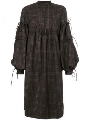 Платье в клетку с рукавами клеш Veronique Branquinho. Цвет: коричневый