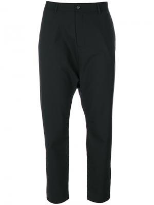 Укороченные брюки с заниженной проймой Hope. Цвет: чёрный