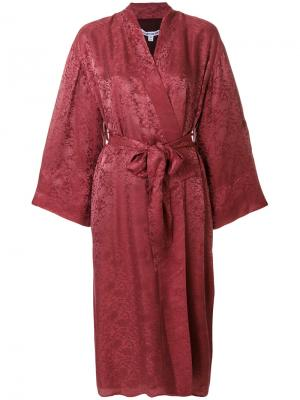 Бордовое кимоно Elizabeth And James. Цвет: красный