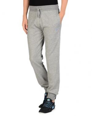Повседневные брюки RUSSELL ATHLETIC. Цвет: серый