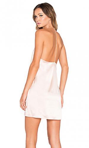 Украшенное стразами платье с угловыми шлейками сзади Amanda Uprichard. Цвет: румянец