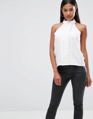 Vesper Кружевная блузка с высоким воротом. Цвет: кремовый