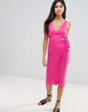 ASOS Пляжное платье миди с люверсами и завязками по бокам. Цвет: розовый